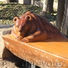 Лавочка-медведь