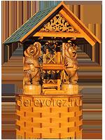 Домик для колодца с резными фигурами