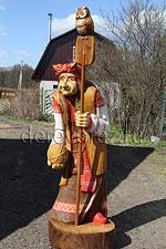 Баба яга. Скульптура из дерева